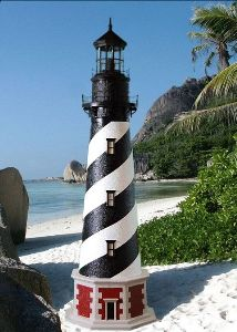 5 Foot - Cape Hatteras, NC Deluxe Stucco Lawn Lighthouse